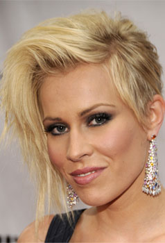 Natasha Bedingfield at Fashion Rocks:  Hair and Makeup
