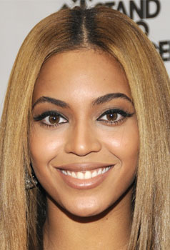 Beyonce at Fashion Rocks: Hair and Makeup