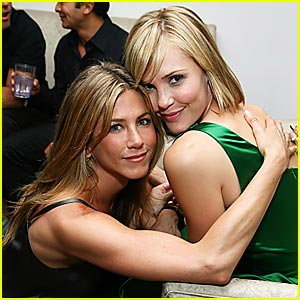 Jennifer Aniston is a Friend Of El Faro