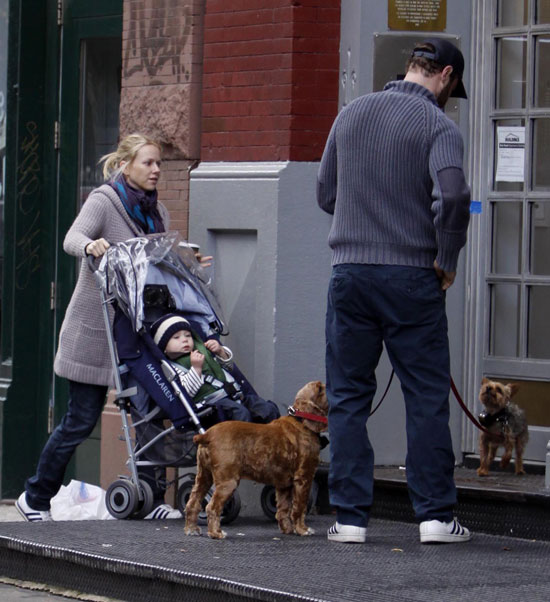 Naomi and Liev Take Alexander and Pups For a Morning Stroll
