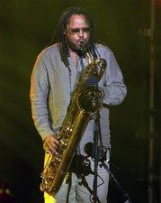 Dave Matthews Band Sax Man LeRoi Moore Dies