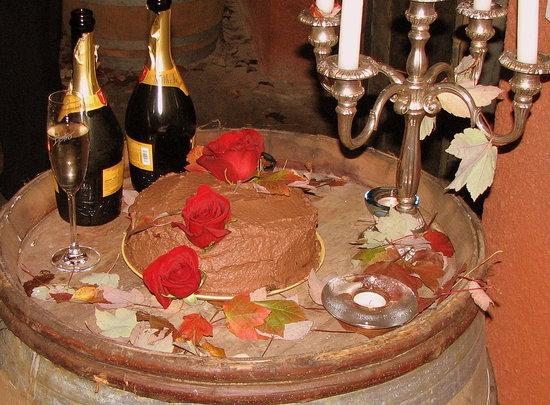 The groom's Red Velvet Cake.