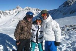 Pic of Justin and Jessica Snowboarding