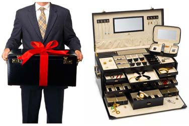 Now THIS is a jewelry box!!!