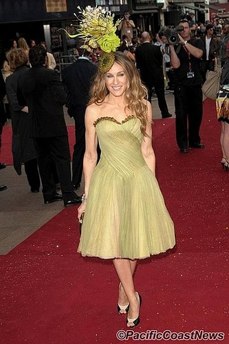 Sarah Jessica Parker's dress - Flashy or Trashy?