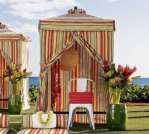 Steal of the Day: Pottery Barn Chesapeake Changing Cabana