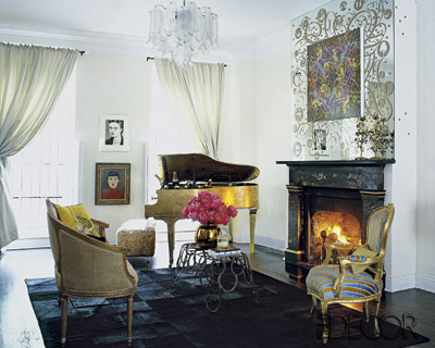 This living room might be formal, but it's got flair — it may seem stiff but if you look closer you'll see her inoperable grand piano is used as an ice bucket. How'd you like to attend that party?
