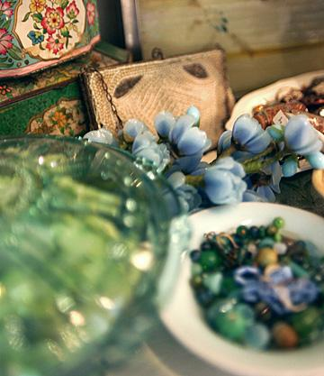 Vintage baubles serve as inspiration as well as décor.