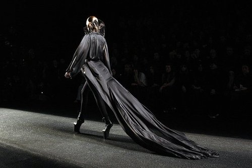 2009 Fall Paris Fashion Week: Nina Ricci