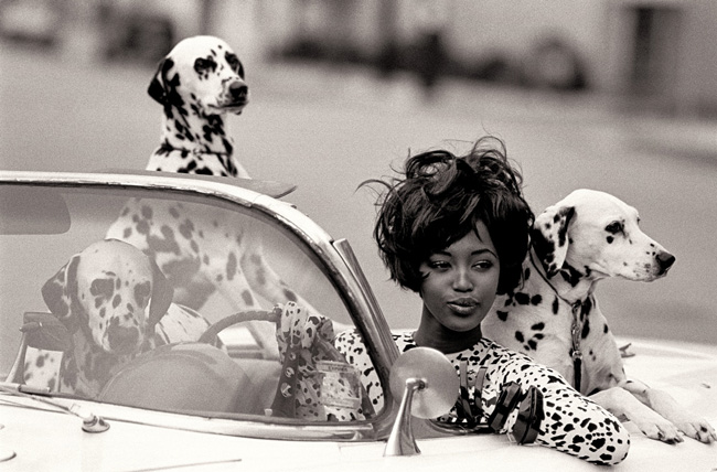 Naomi Campbell in Geoffrey Beene, Vogue, June 1990