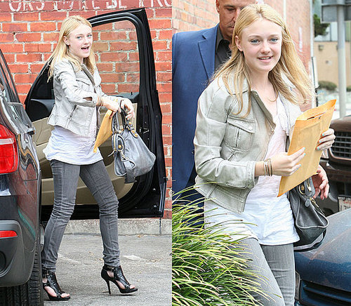Dakota Fanning Hands Out With Kristen Stewart Wearing Gray Skinny Jeans and a Balenciaga Bag