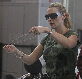 Photos of Kate Winslet With Her Oscar at LAX and JFK, Quotes from Oprah Winfrey Show