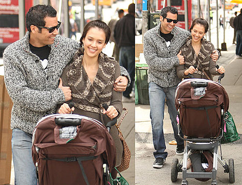 Jessica Alba and Cash Warren Go House Hunting in NYC