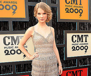 Photo Slide of Taylor Swift at the 2009 CMT Awards
