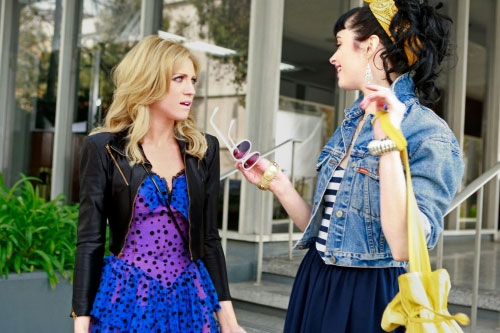 Photos of Gossip Girl&#039;s &#039;80s Spinoff Episode &quot;Valley Girls&quot; with Brittany Snow, Krysten Ritter