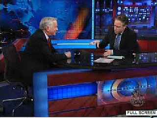 "Jon Stewart Talks to Walter Isaacson on The Daily Show About Charging ""iTunes-Like"" Fee To Read Newspapers Online"