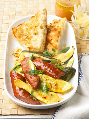 Fast & Easy Dinner: Sausage and Summer Squash