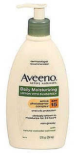 Review of Aveeno Daily Moisturizing Lotion With SPF 15