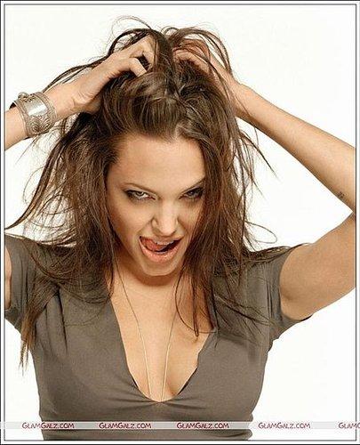 Angelina Jolie too sad to eat