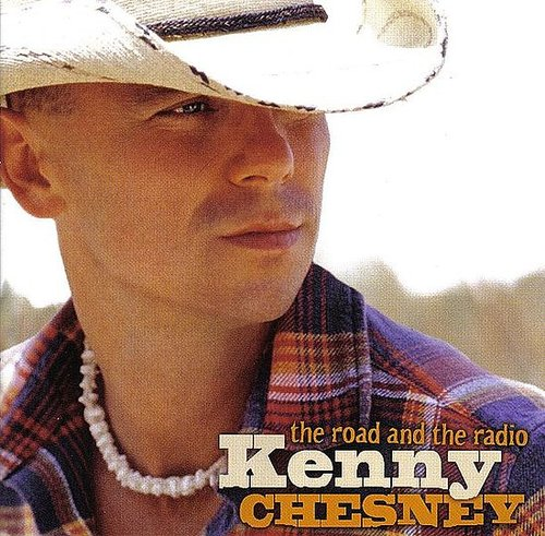 The only 2 photos i find Kenny Chesney cute