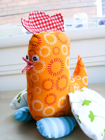 Sew Mama Sew has the pattern for this adorable Spring chicken.