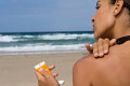 The How-To Lounge: Applying Sunscreen