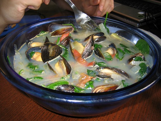Savory Filipino Mussel Ginger Soup (Tahong ng Sabaw). My boyfriend likes this a lot :P