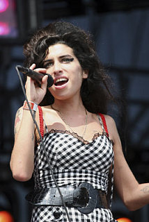 Sugar Bits - Amy Winehouse Enters Rehab