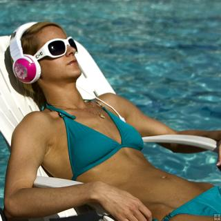 Glamorous Pink and White Skullcandy Headphones