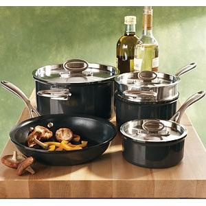 Wedding Registry 101: Cookware
