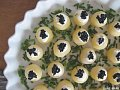 Yummy Link: Mini-Potatoes with Wasabi-Cream &amp; Caviar