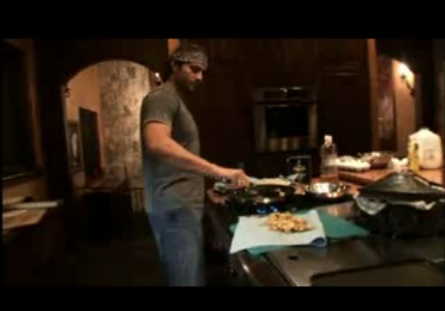 Robert Rodriguez's 10 Minute Cooking School