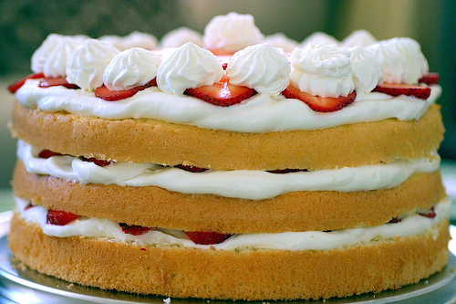 Yummy Link: Strawberry Chiffon Shortcake