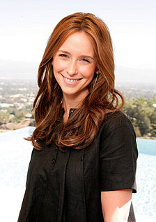 Love It or Hate It? Jennifer Love Hewitt's Seein' Red