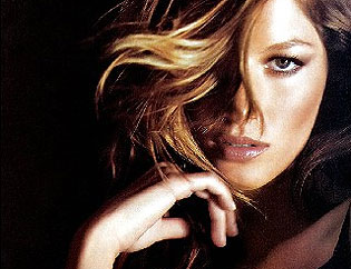 Gisele: Good bye Victoria´s Secret and Welcome Cacharel