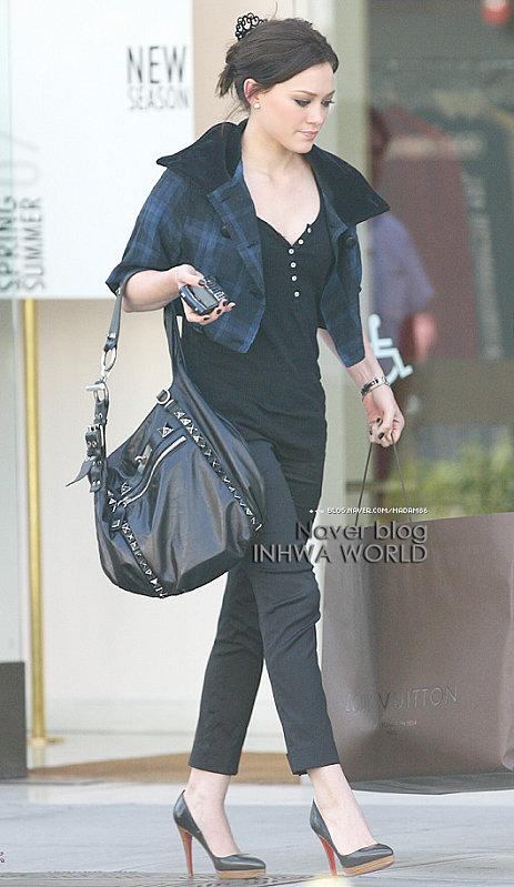 Hilary Duff in brunette -3