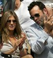 Jennifer Aniston Swears She's Not Engaged