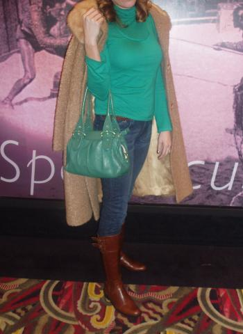 Look of The Day: Elegant at the Movies