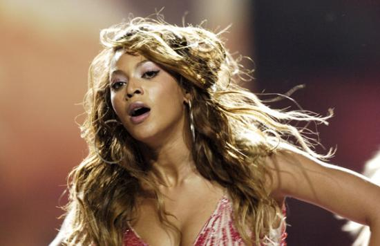 Beyonce_Antho_11400081_600