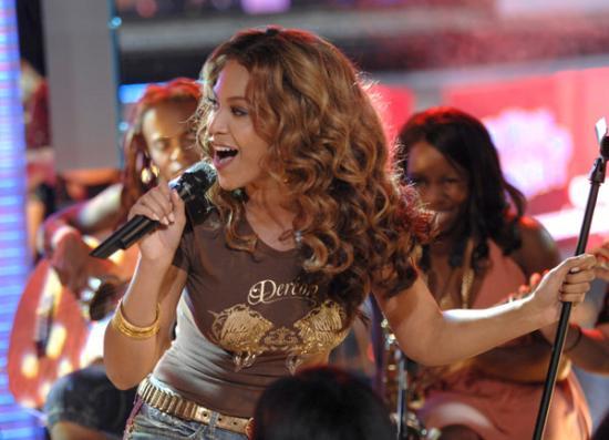Beyonce_Mazur_11311752_600