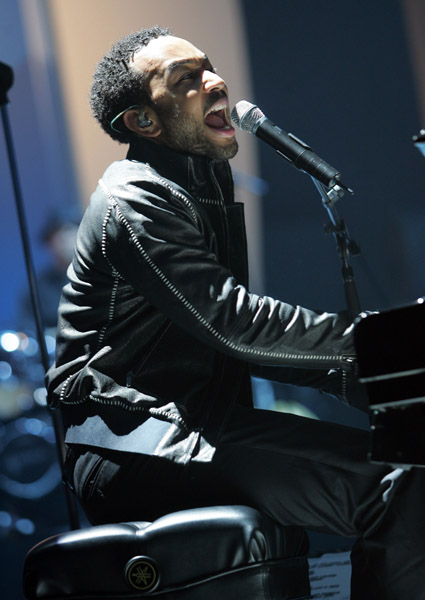 JohnLegend_John _12117472_600