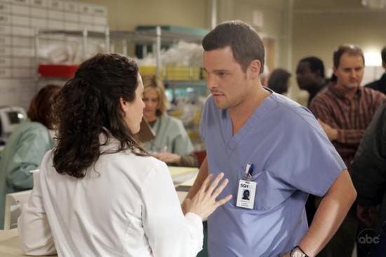 """Grey's Anatomy"" Recap: Episode 16, ""Drowning on Dry Land"""
