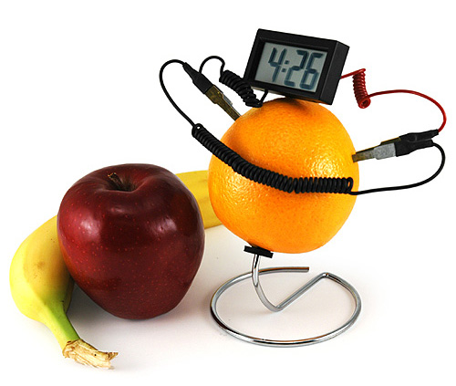 Totally Geeky or Geek Chic? Fruit Powered Clock