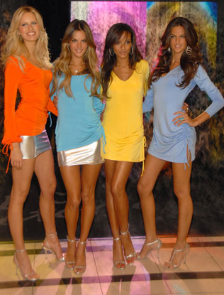 Victoria's Secret Launches Secret Embrace and BellaSugar Was There!